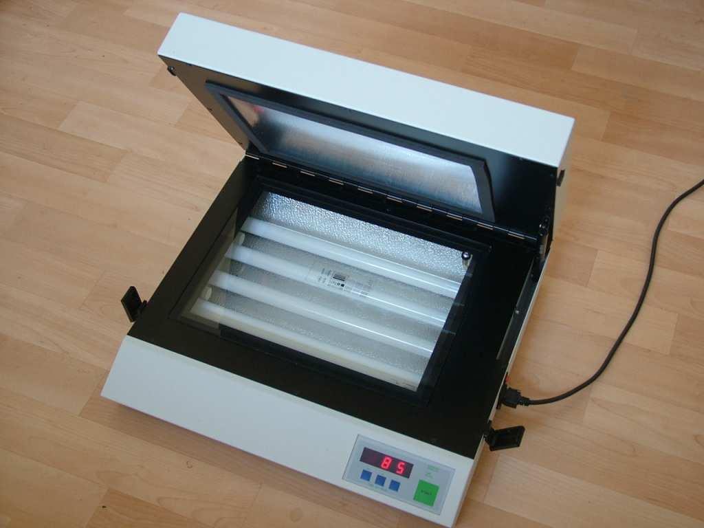 how to make uv light box